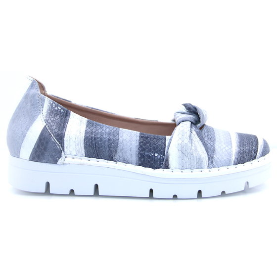 2038 Jose Saenz grey slip on shoe