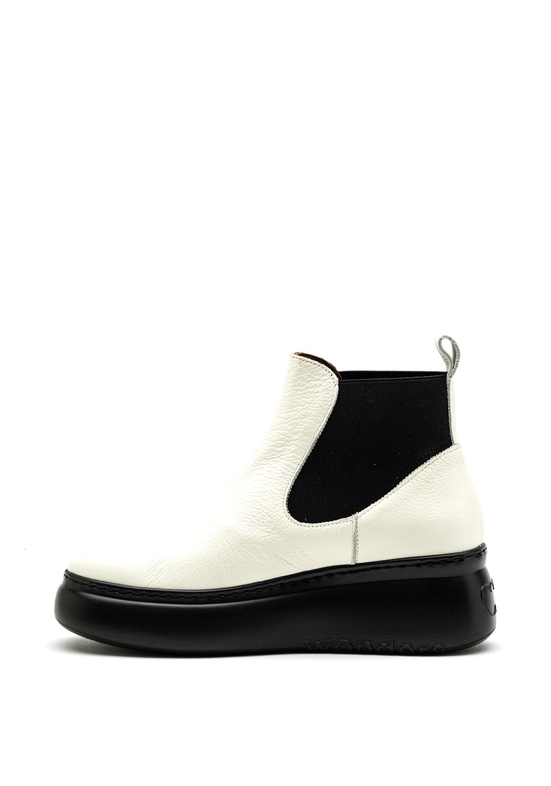 Wonders A-2604 milk white wedge boot