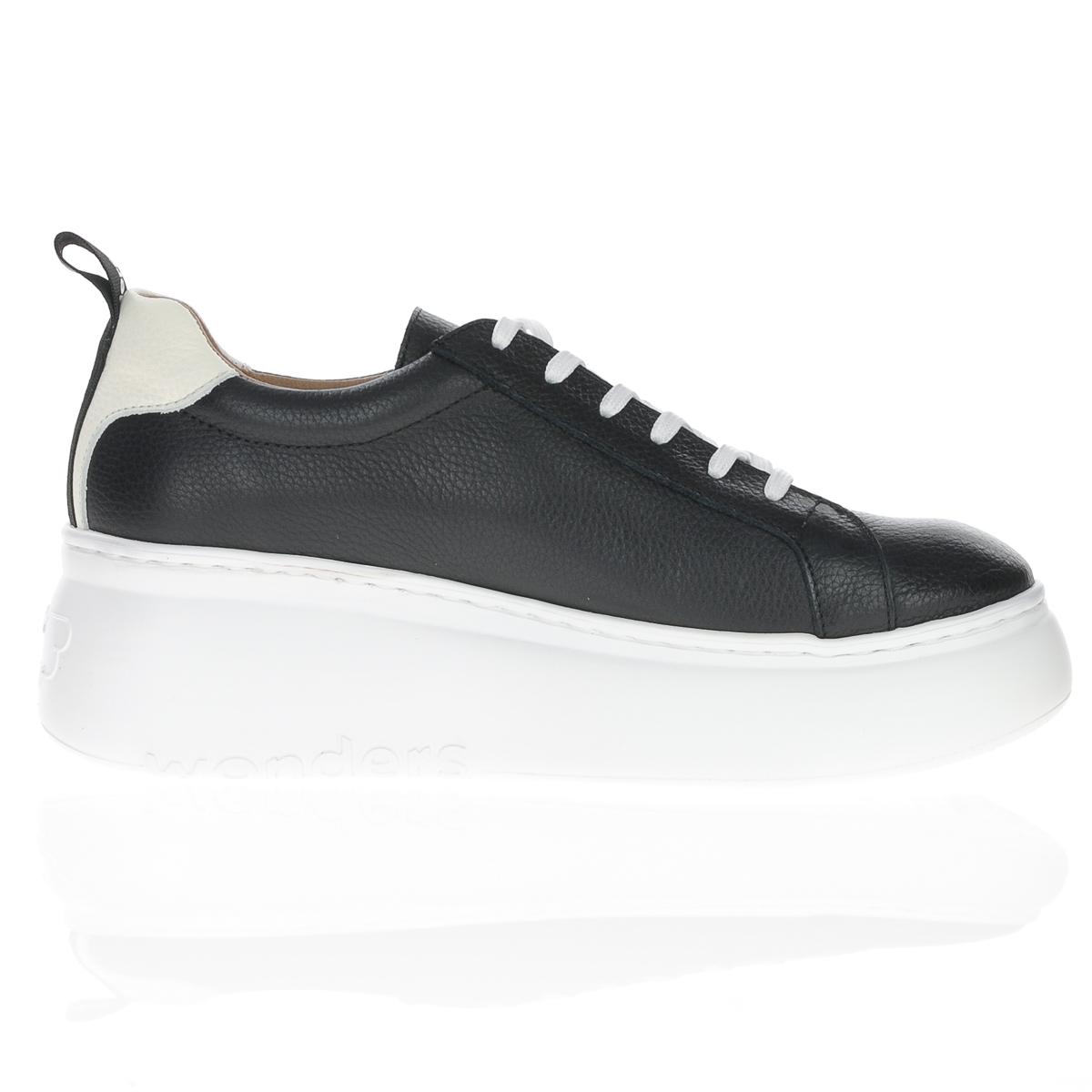 A-2603 Wonders black laced wedge shoe